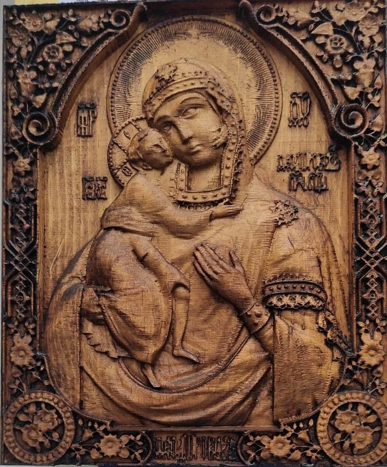 Фрезеровка иконы Феодоровская из сосны
